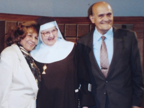 Sierva de Dios María Esperanza, Madre Angélica y Sr. Geo Bianchini, estudios de EWTN, AL, EE.UU. (19-04-1994)