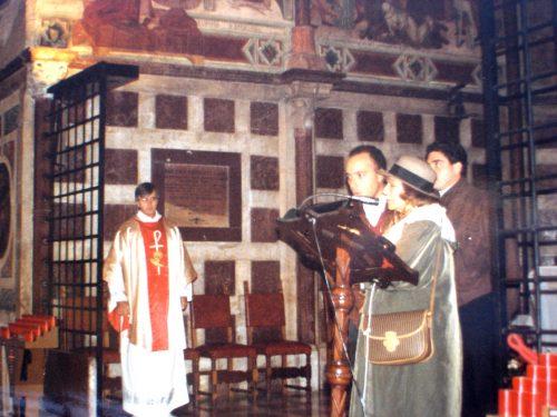 Sierva de Dios María Esperanza, Sr Carlos Marrero y Sr Juan Carlos León, Capilla de Santa Catrina dentro de la Basílica de San Francisco de Asís, Asís, Italia (15-11-1994)
